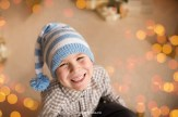 poratrait-smiling-boy-christmas-studio-riga