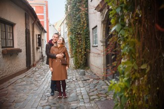 happy-couple-photosession-riga