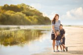 family-photo-session-sea-latvija-riga