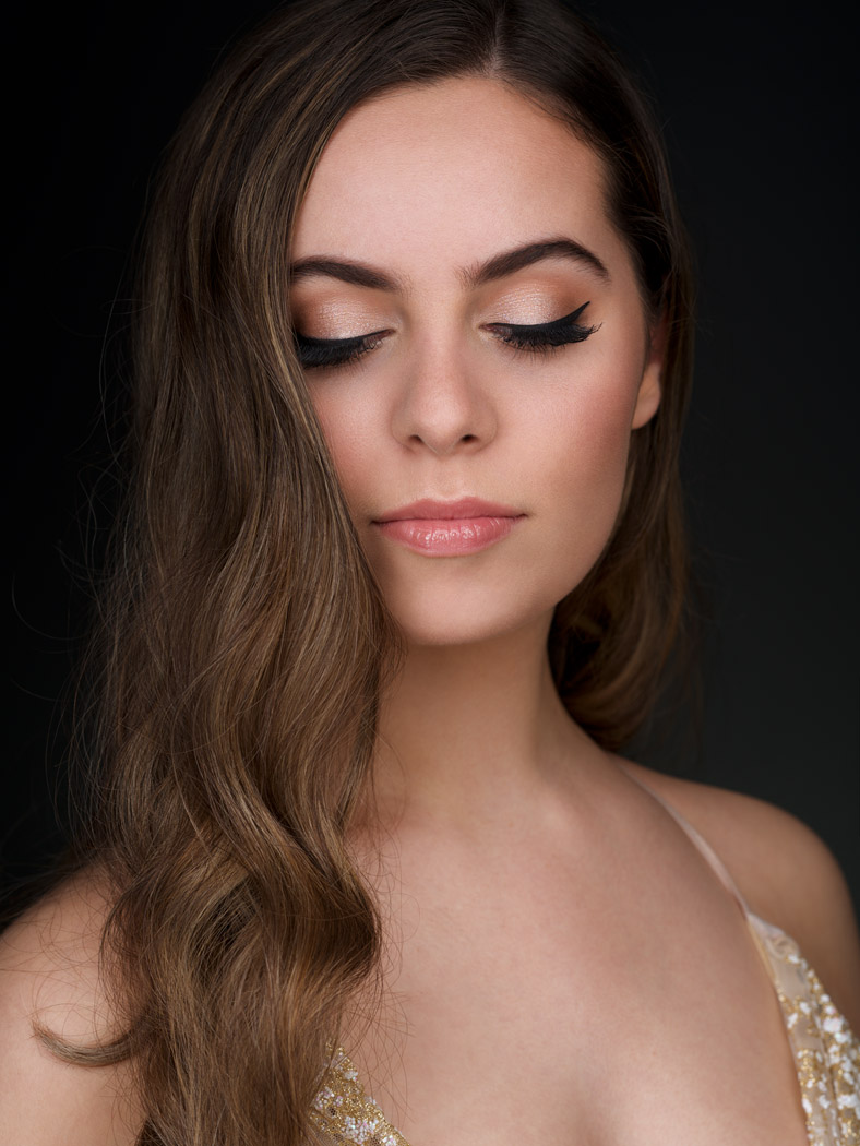 bridal glam makeup artist montreal lady