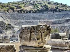 Ephesus, antike Metropole und Hauptstadt der römischen Provinz Asia. Das Theater, noch aus griechischer Zeit, wurde unter dem römischen Kaiser Trajan für 25.000 Besucher ausgebaut.