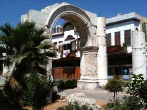 Römischer Torbogen in der Geraden Strasse in Damaskus.