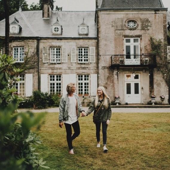 couple-traveling-around-world12