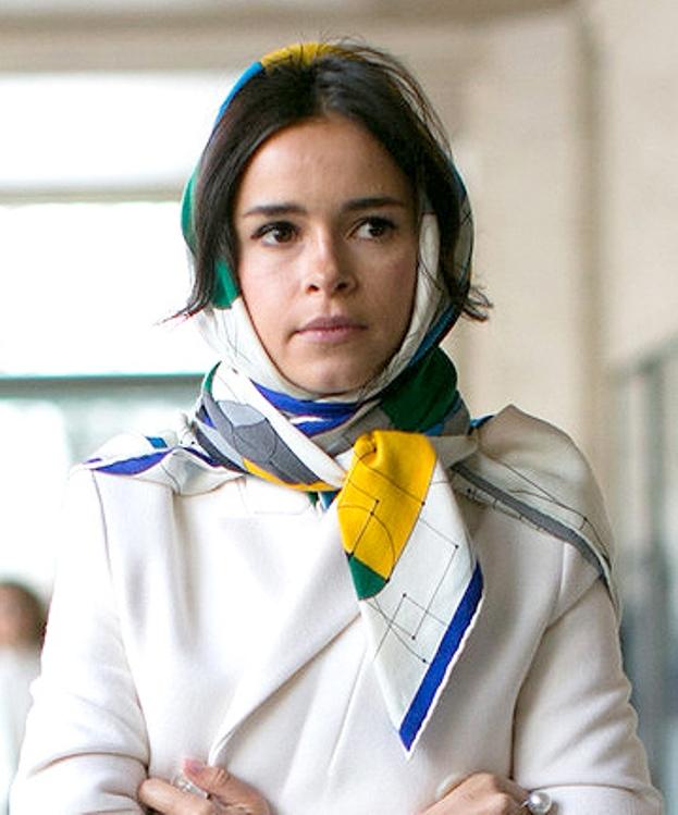 ways-to-wear-a-headscarf-12