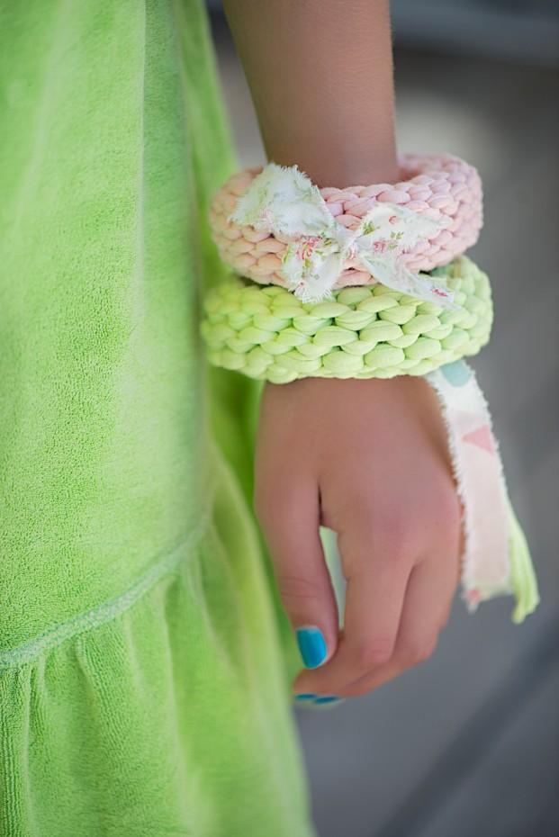 Easy-Knit-Bracelets-5