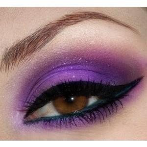 черно-фиолетовый smoky eyes