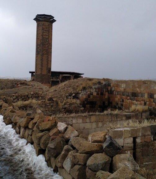 Kars gezilecek yerler ani antik kenti camii