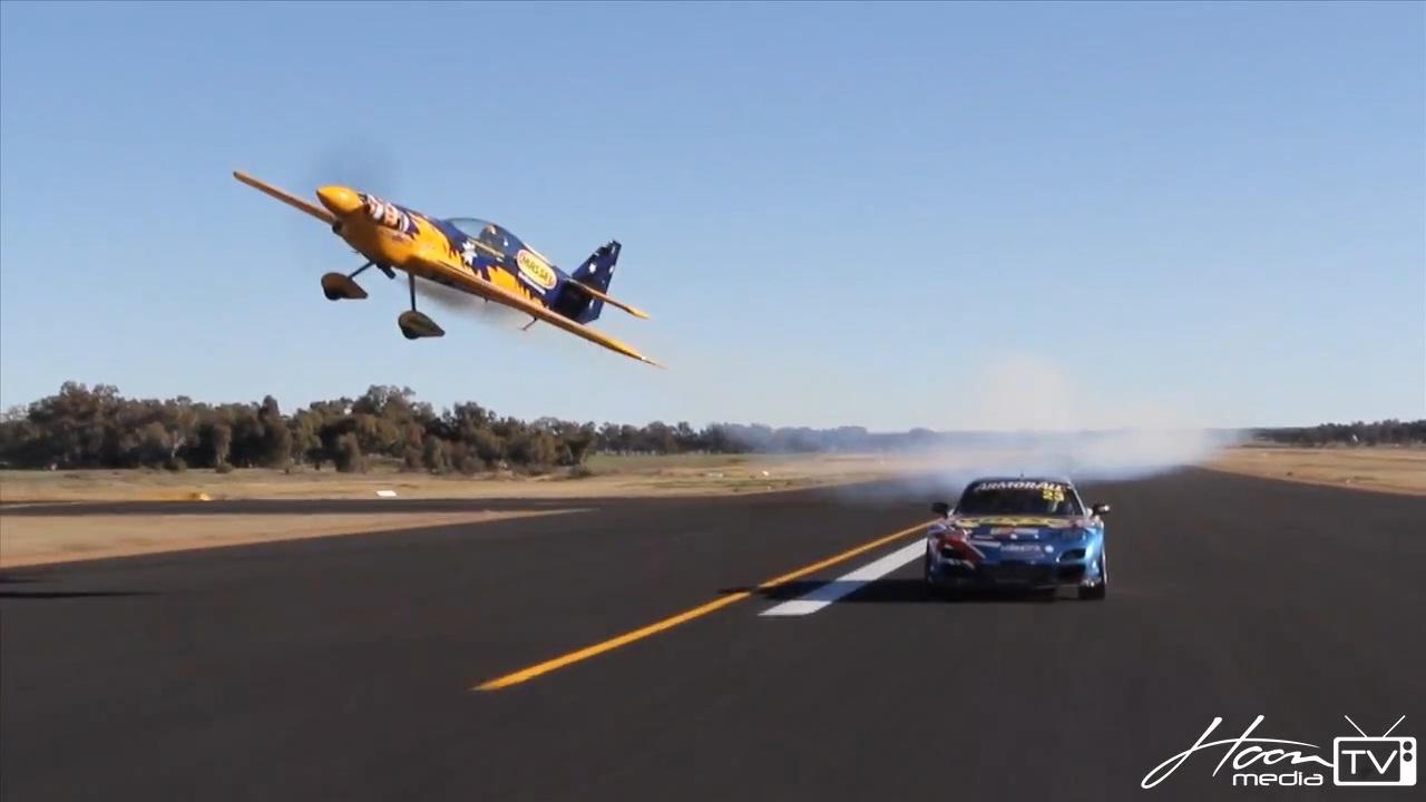 Hellaflush Wallpaper Car Footage Mazda Rx 7 Vs Stunt Plane Nafterli S Car World