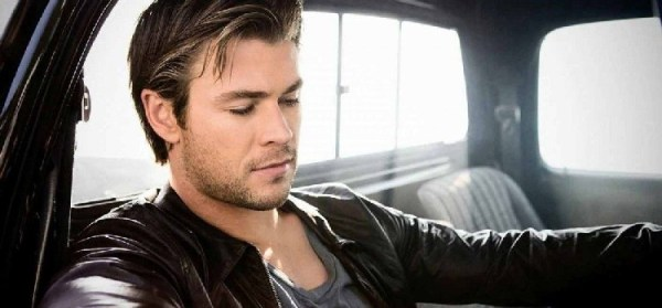 Chris Hemsworth in talks with Sony Pictures to play the lead in Men in Black spinoff