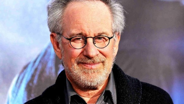 Jurassic Park was a burden while making Schindler's List, says Steven Spielberg