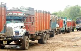 Sand laden trucks refuse to enter Nagaland