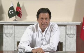 Imran Khan speaks to PM Modi, expresses desire to work together