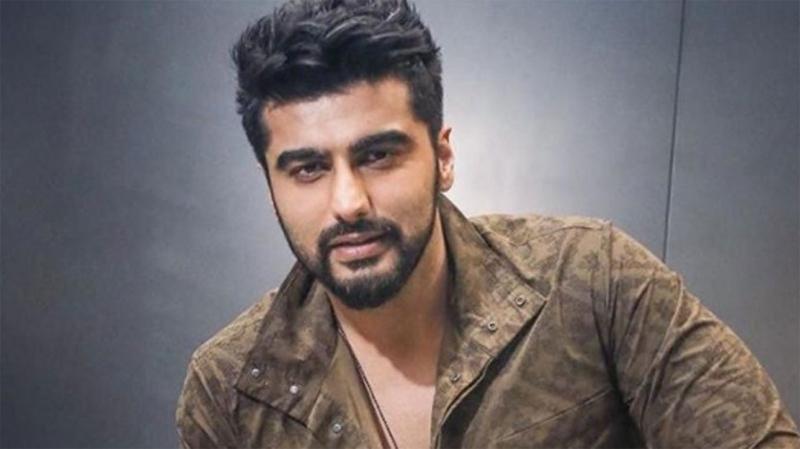 Arjun Kapoor shuts down a troll who calls him a 'molester'