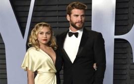 Miley Cyrus, Liam Hemsworth confirm marriage