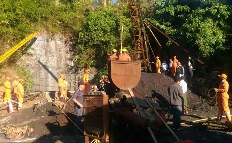 Efforts on to trace 15 trapped Meghalaya miners; Navy divers, firefighters join NDRF team