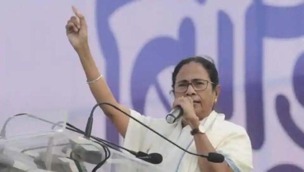 Modi govt past its expiry date, says Mamata