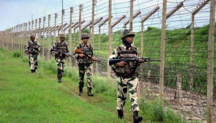 Pak mobilises additional troops,  weaponry along LoC; Army issues warning