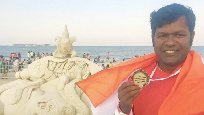 Indian sand artist Sudarsan Pattnaik wins People's Choice Award in US