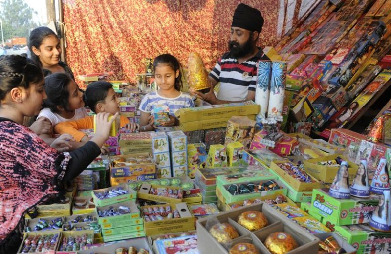 Green crackers to be available  in markets this Diwali
