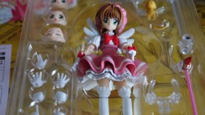 Figuarts sakura figurine