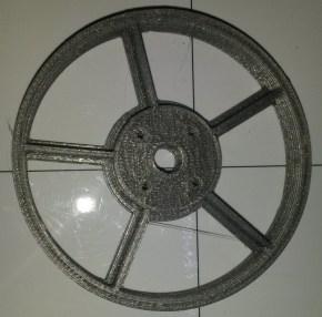 Roue en PLA sans pneu pour R.Ian,modèle à 5 branches et 4 trous de fixation.