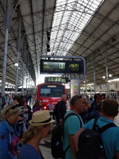Pociąg z Lizbony do Sintry.
