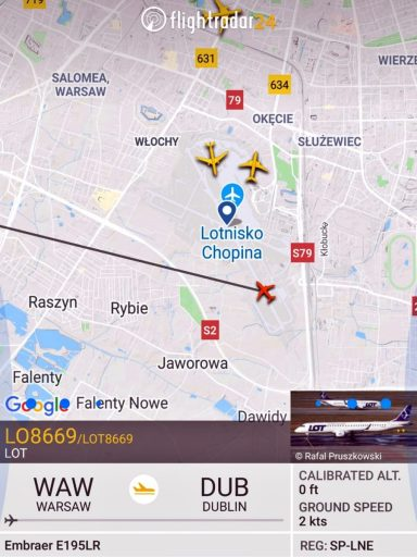 Trasa lotu z Warszawy do Dublina.