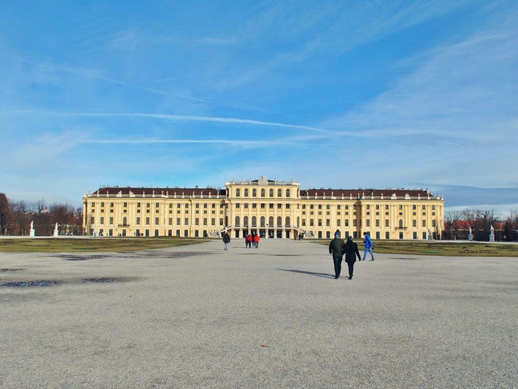 Pałac Shonbrunn w Wiedniu.