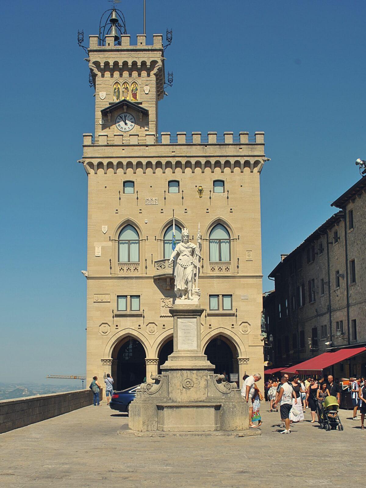 Ratusz w San Marino.