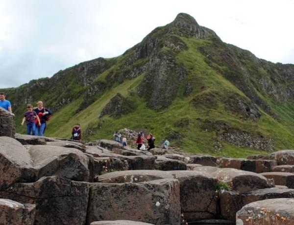 Formacja skalna Grobla Olbrzyma w Północnej Irlandii.