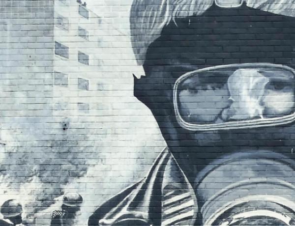 Irlandia, Irlandia Północna, mural z London Derry, Derry.