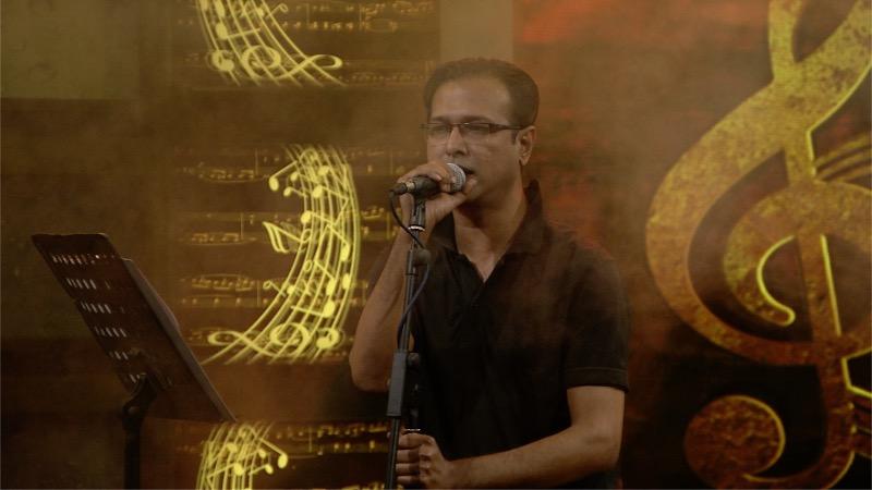 ৬ বছর পর লাইভে আসলেন সঙ্গীতশিল্পী আসিফ আকবর