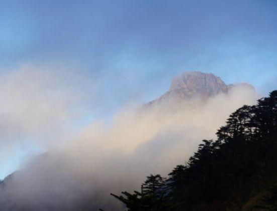 一瞬の石鎚山