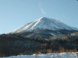 スキー場付近から継子岳