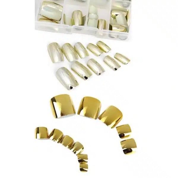 Dirbtiniai  auksiniai nagai – nepriekaištingam manikiūrui