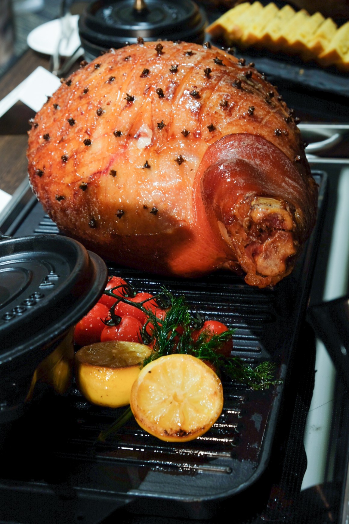Christmas 2019, Dining & Takeaway - Honey & Clove Glazed Ham (Boneless) with Cinnamon Pineapple Sauce ($168)