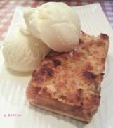 Apple Crumbles with Vanilla Ice Cream