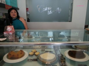 Cakes Counter Display