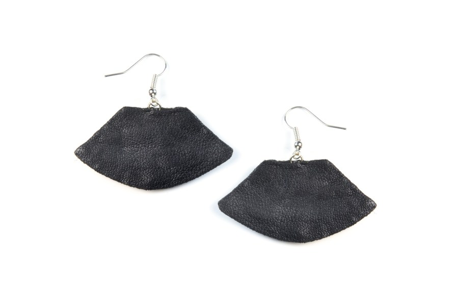 Boucles d'oreilles rock Patsy | Black | Photo 2