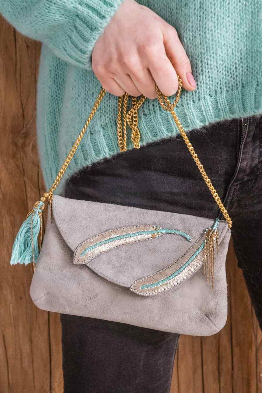 Diva embroidered bag - Turquoise | Photo 2