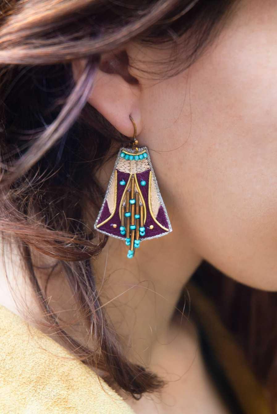 Boucles d'oreilles ethniques Apo | Purple/Mastic | Photo 1