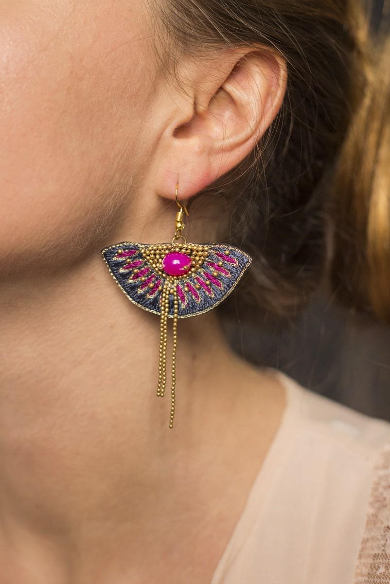 Boucles d'oreilles ethniques Brava | Grey/Raspberry | Photo 1
