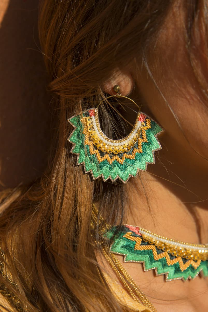 Boucles d'oreilles brodées Maria | Prairie | Photo 1