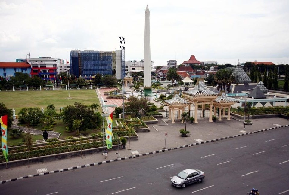 travel malang surabaya
