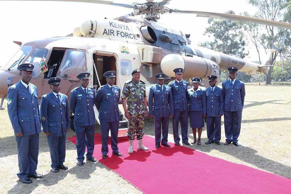 Uhuru Kenyatta Steps Out In Army Uniform Again Photos  Naibuzz