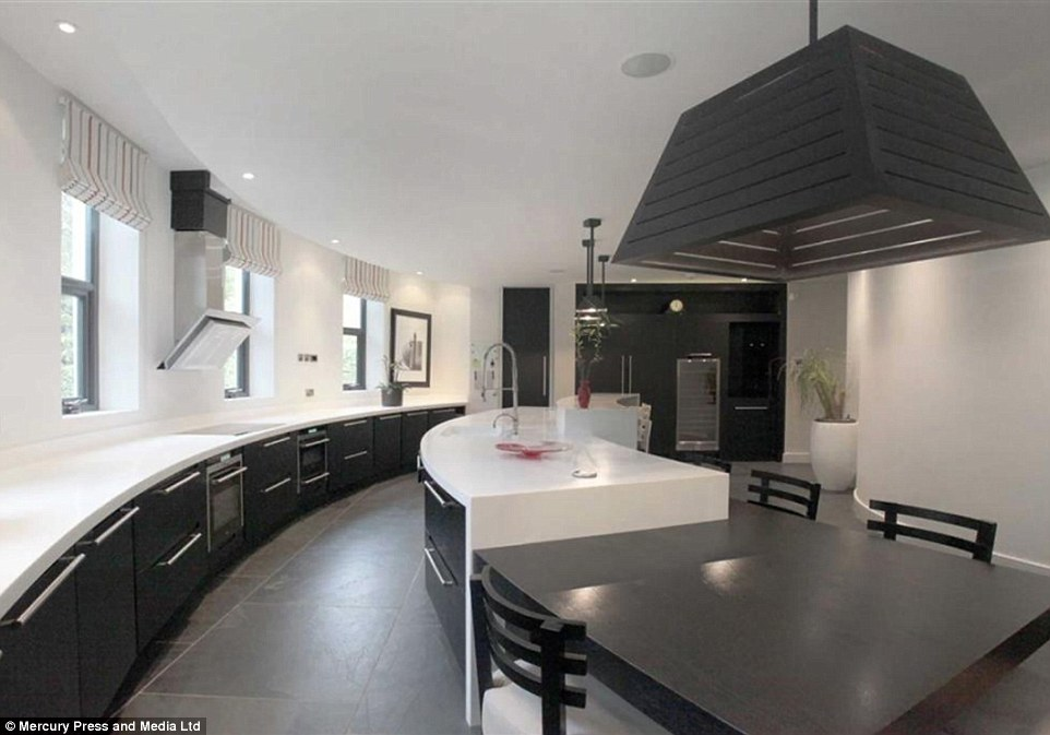 PHOTOS Inside Paul Pogbas New Expensive Mansion He Just Bought  Naibuzz