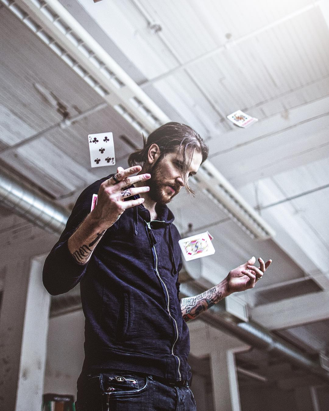 huge lawn chair better posture how much money peter mckinnon makes on youtube - net worth naibuzz