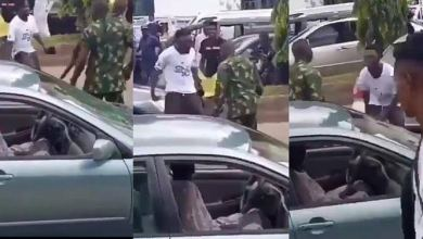Photo of #EndSars: Watch Moment Angry Protester Refuses To Back Down Despite Being Flogged By Soldiers (Video)