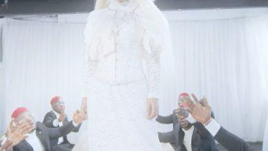Photo of Video: Kcee – Hold Me Tight Ft. Peruzzi & Okwesili Eze Group