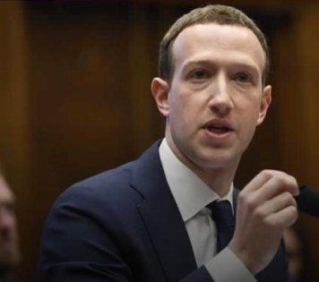 Facebook : Zuckerberg to review policies over Trump's posts